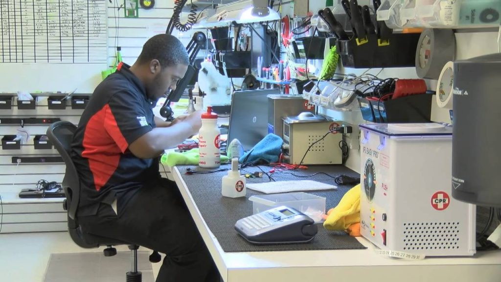 Singapore Mobile Phone Repair – Fixing Mobile Devices Could Be Your Best Choice